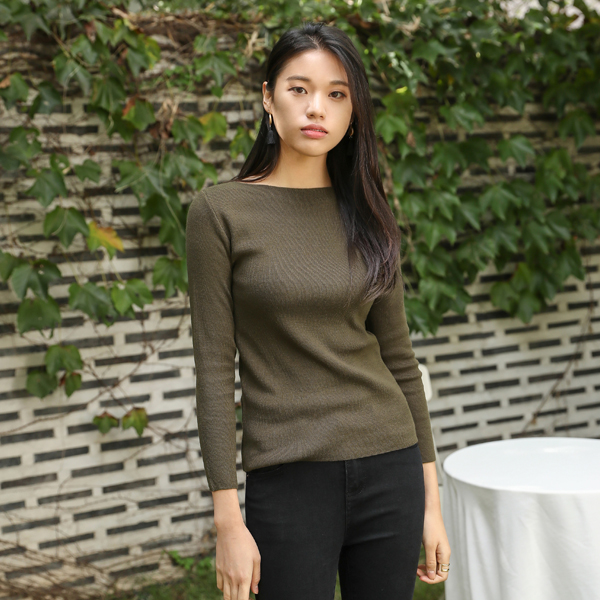(T-4423) Solid Boat Neck Knit