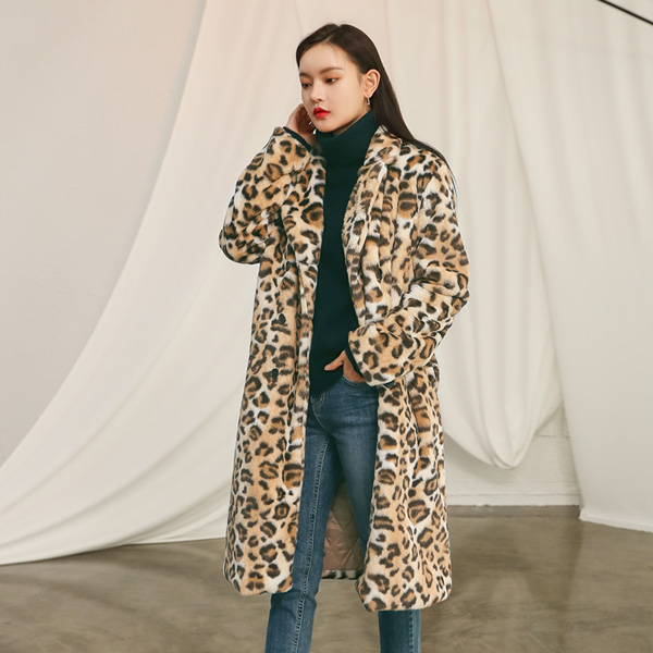 (CT-1124) Leopard artificial Fur Coat