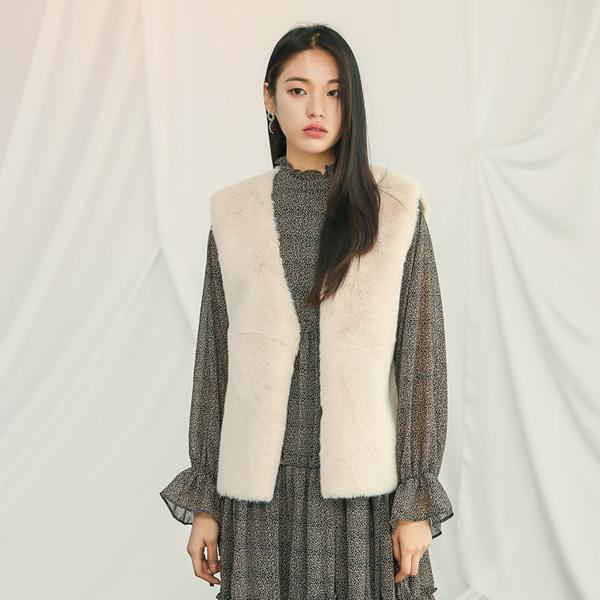 (VT-0079) Soft Fur Vest
