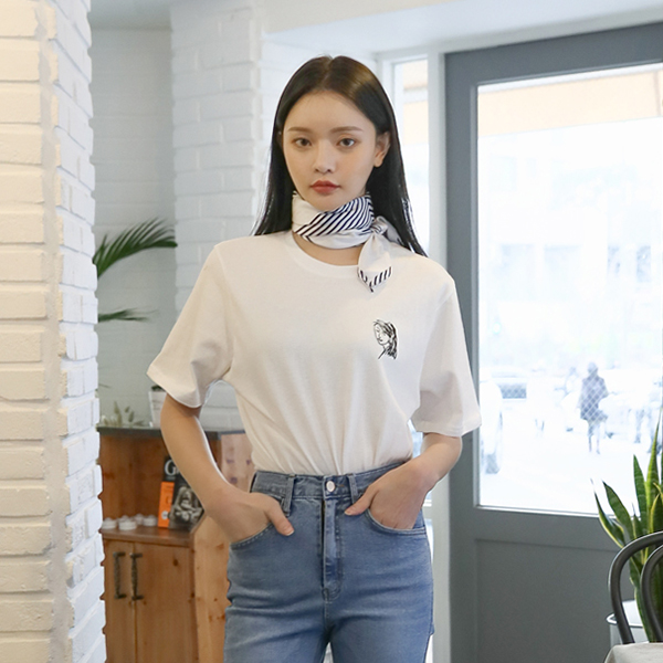 (T-4616) Girl Embroidery Tee