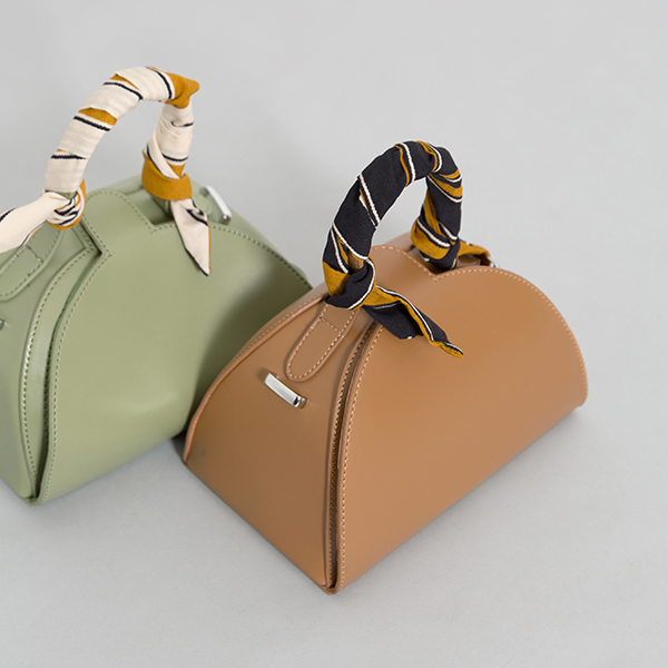 (B-1895) Scarf Pointed Harp Bag