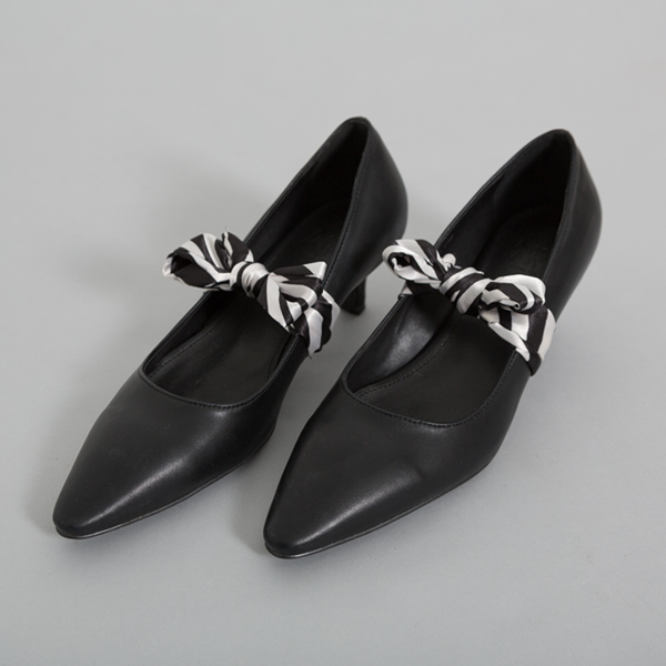 (SH-2584) Scarf Middle Hill PumpS