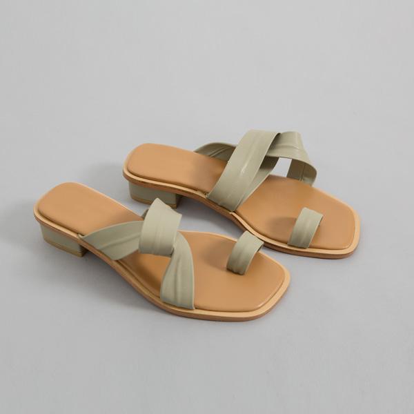 (SH-2686) Toe ring twist Slippers
