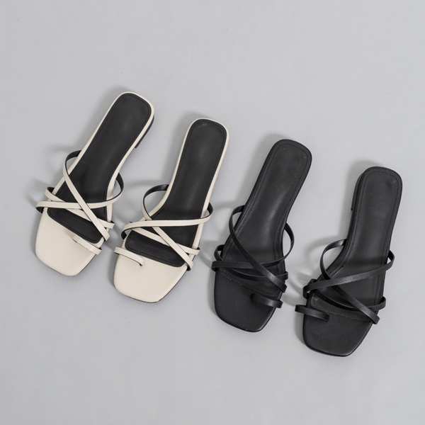 (SH-2759) Tou Ring Multi-Strap Slippers