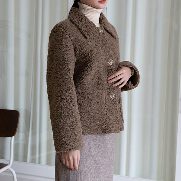 (JK-2112) Modern Kara Buckle Fur Jacket